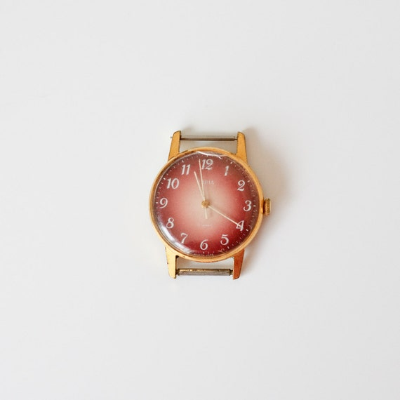 Vintage Watch Zaria - Soviet Union Wrist Watch - WORKING