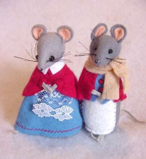 Vintage English Hand Made Felt Mouse Couple Mr And Mrs