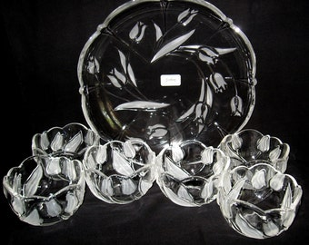 GORHAM Serving Tray Frosted Tulips Glass Set With 6 Tulip 16 Ounce Bowls