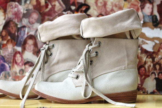 90s white leather boots, slouchy canvas US women's  6.5-7