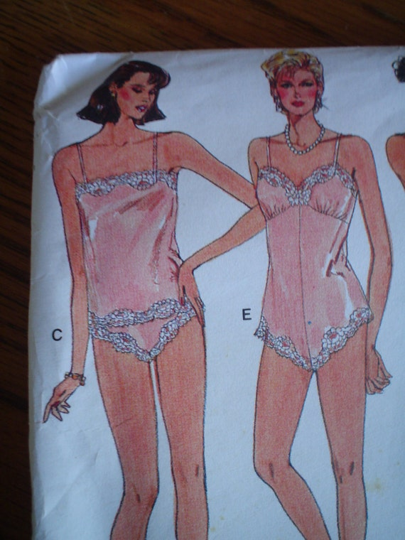 Vintage lingerie pattern vintage vogue no 9765 sizes petite small