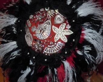 Brooch Bouquet - Jeweled Bouquet - Goth Bouquet - Bridal Bouquet - Red Black Bouquet - Bridal Broach Bouquet