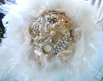 Broach Bouquet - Brooch Bouquet - Bridal Brooch Bouquet - Wedding Brooch Bouquet - Feathered Brooch Bouquet