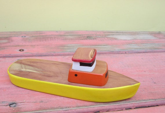 Toy boat No. 12 Yellow lobster, fishing boat