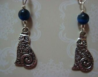 Pretty Kitty Earrings Midnight Blue