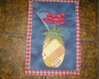 Pineapple with flag Wall Hanging