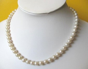 Beautiful White Freshwater Pearl Necklace, Bridemaids Necklace