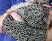 Cozy light khaki pure merino wool fingerless gloves, wrist warmers - READY to ship