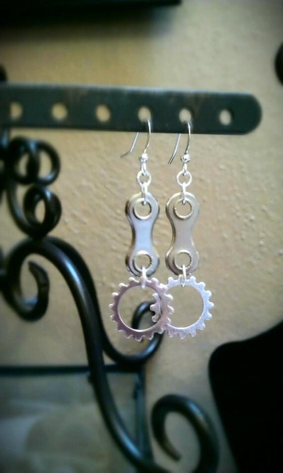 Steampunk Gear and Bike Chain Earrings - EAGEAR08