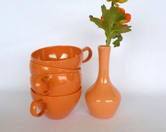Vintage CORAL MELMAC CUPS