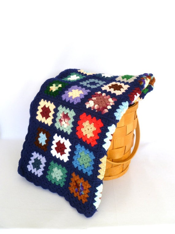 Vintage GRANNY SQUARE Cotton Crocheted AFGHAN