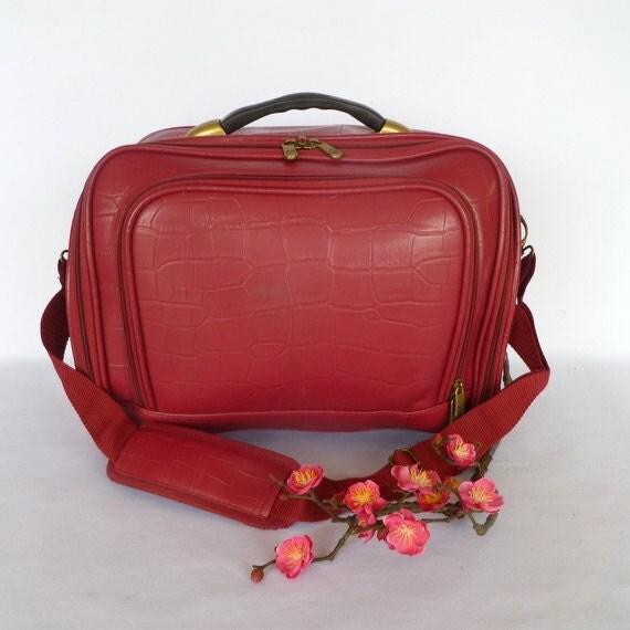VINTAGE AMERICAN FLYER Hot Pink Bag