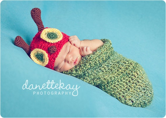Newborn Very Hungry Caterpillar hat & cocoon set - Photography Prop