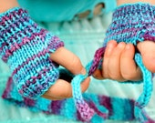 Turquoise and Lavender Toddler Fingerless Mitts