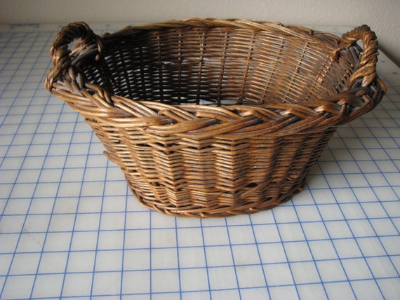 Vintage Wicker Oval Basket With Handles