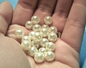 6mm white glass pearl beads (10)