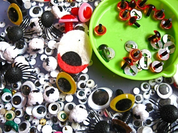 CLEARANCE 50% OFF Googly, Jiggly, Button & Felt Colored EYES