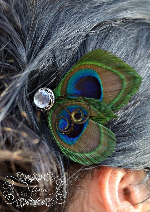 Sexy Peacock Feather Bridal Hair Fascinator Clip Bobby Pin with Antique Rhinestone Style Accent