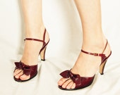 VINTAGE Heels with Bows, Preppy Shoes, Oxblood Burgundy Shoes, Leather Pin Up Heels,Bandolino