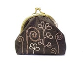Brown silk and embroidered  frame coin purse