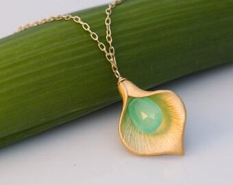 Chrysoprase Necklace - Calla Lilly Necklace - Gemstone Necklace - Gold Necklace - Birthstone Necklace