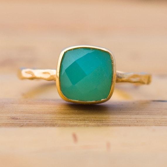 Green Chrysoprase Ring - Solitaire Ring - Gemstone Ring - Stacking Ring - Gold Ring- Cushion Cut Ring
