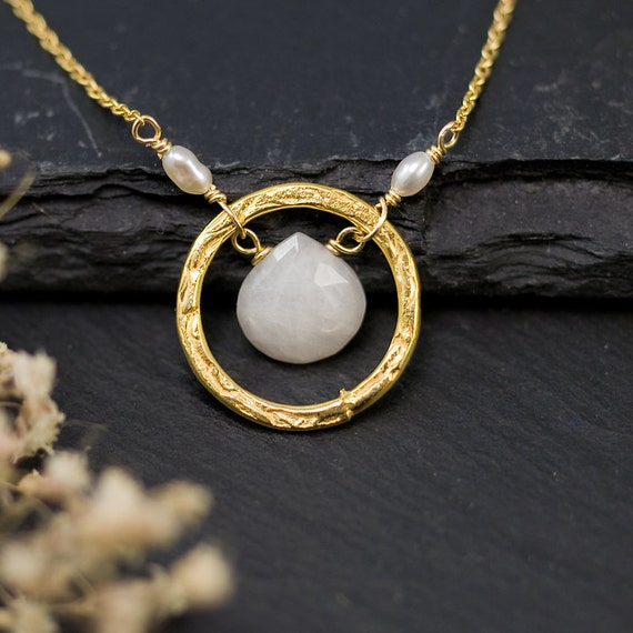 White Agate Necklace - Bridesmaid Necklace - Wedding Necklace - Gold Necklace