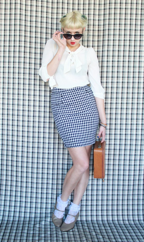 black and white houndstooth wiggle skirt