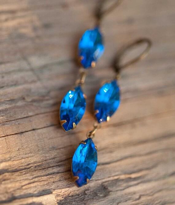 Sapphire Blue Earrings - Swarovski Crystal Vintage Earrings - Gift For Her - Under 25 - Winter Earrings - Blue Sky