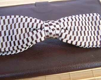 "Vintage 60's ""PATENT CLASP CO."" Bowtie  Preppy Brown & Beige Checkered Pattern"