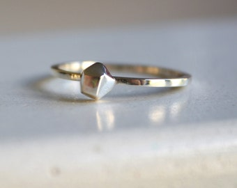 Diamond in the Rough - faceted silver rock ring