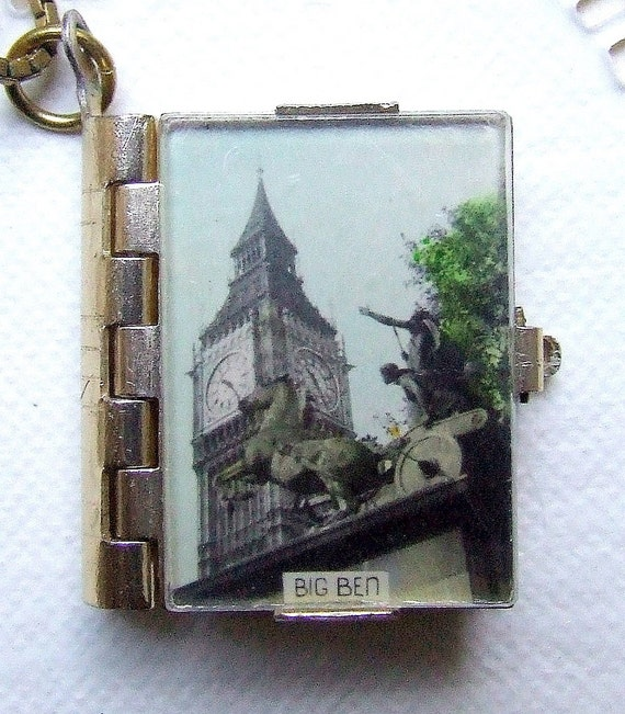 Streets of London - Book locket with pictures of old London