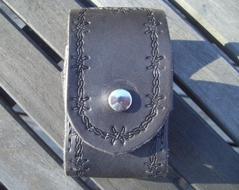Hand Tooled Leather Cell Phone Case- Black Barbed Wire