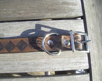 Medium Handtooled Leather Dog Collar Maze Geometric design