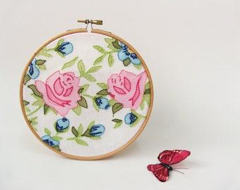 """Easter spring OOAK Embroidery hoop wall art   - Vintage flowers  6"""""""