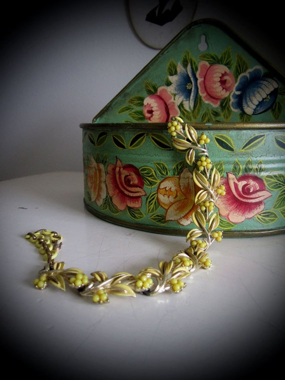 Vintage Coro Floral Necklace -  Yellow Enamel Leaf Flower Metal Choker