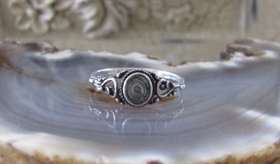 Vintage Sterling Silver and Rainbow Abalone Ring