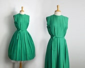 1950s emerald green cocktail hour shirtwaist top and pleated gathered skirt dress, size medium or large