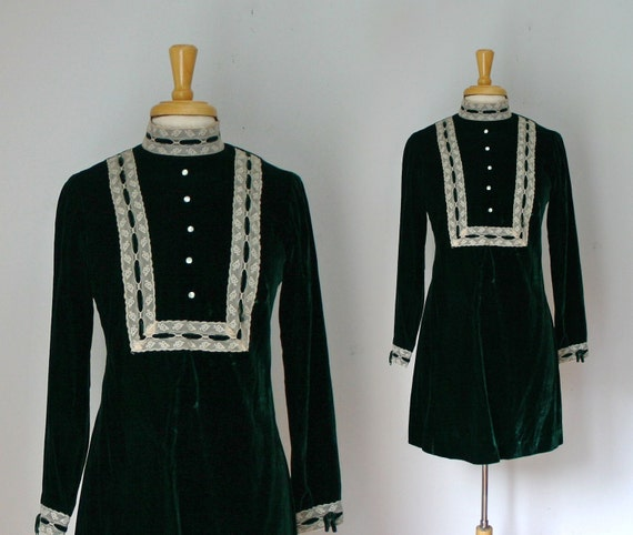 1960s hunter green velvet mod a-line mini dress with lace bib front size small or medium
