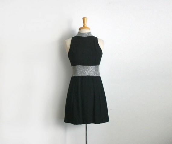 1960s black and metallic silver a-line little black mini dress size medium