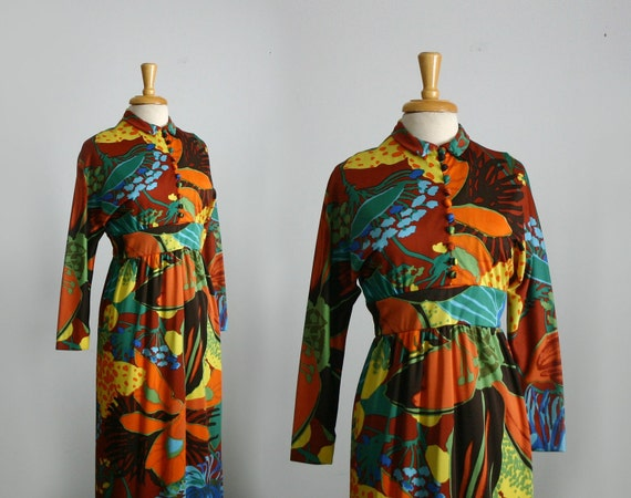 """1970s """"Don Luis de Espana"""" psychedelic floral print maxi gown with dolman sleeves size medium"""
