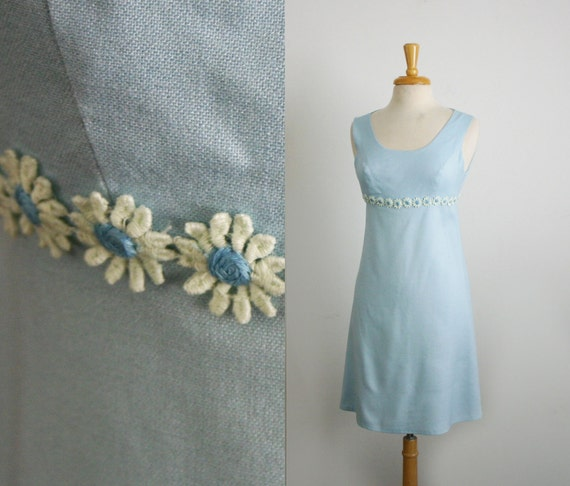 1960s empire waist a-line mini dress size small in baby blue linen