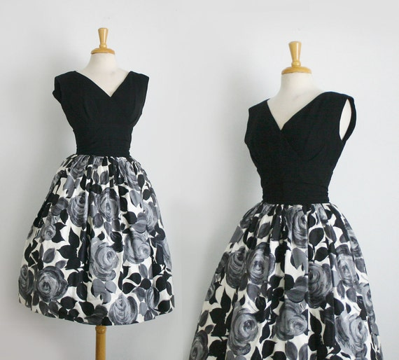 1950s black and white floral print  party dress size medium or small