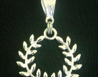 OLYMPIC WREATH Charm Pendant  European Bead Flag Bracelet Necklace