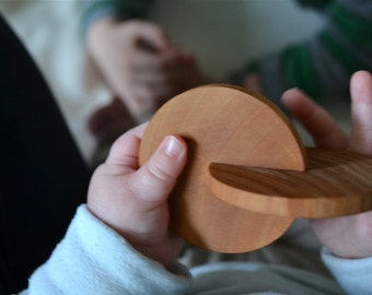 Interlocking Discs - Montessori Infant Toy