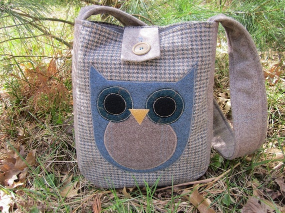 Totebag, owl applique, recycled wool