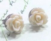 Post  Earrings Tiny Ivory Colored Flower,Stud Earrings