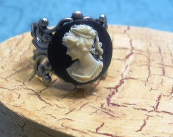 Cameo Filigree Adjustable Silver Tone Ring, Black and Cream