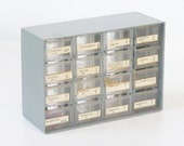 Industrial plastic drawer storage