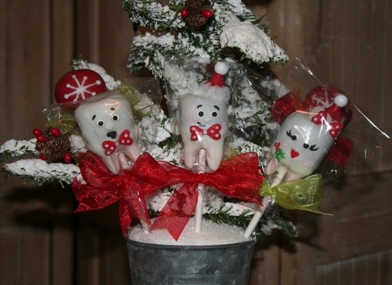 Receive By Christmas!!! Mom's Killer Cakes & Cookies ORIGINAL DESIGN Christmas Tooth Teeth Santa and Mrs. Claus Snowflake Cake Pops